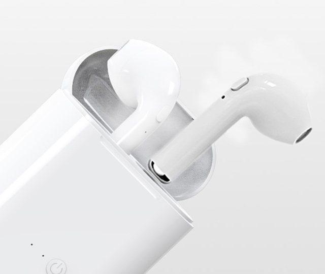 Mini Bluetooth Earphones Set